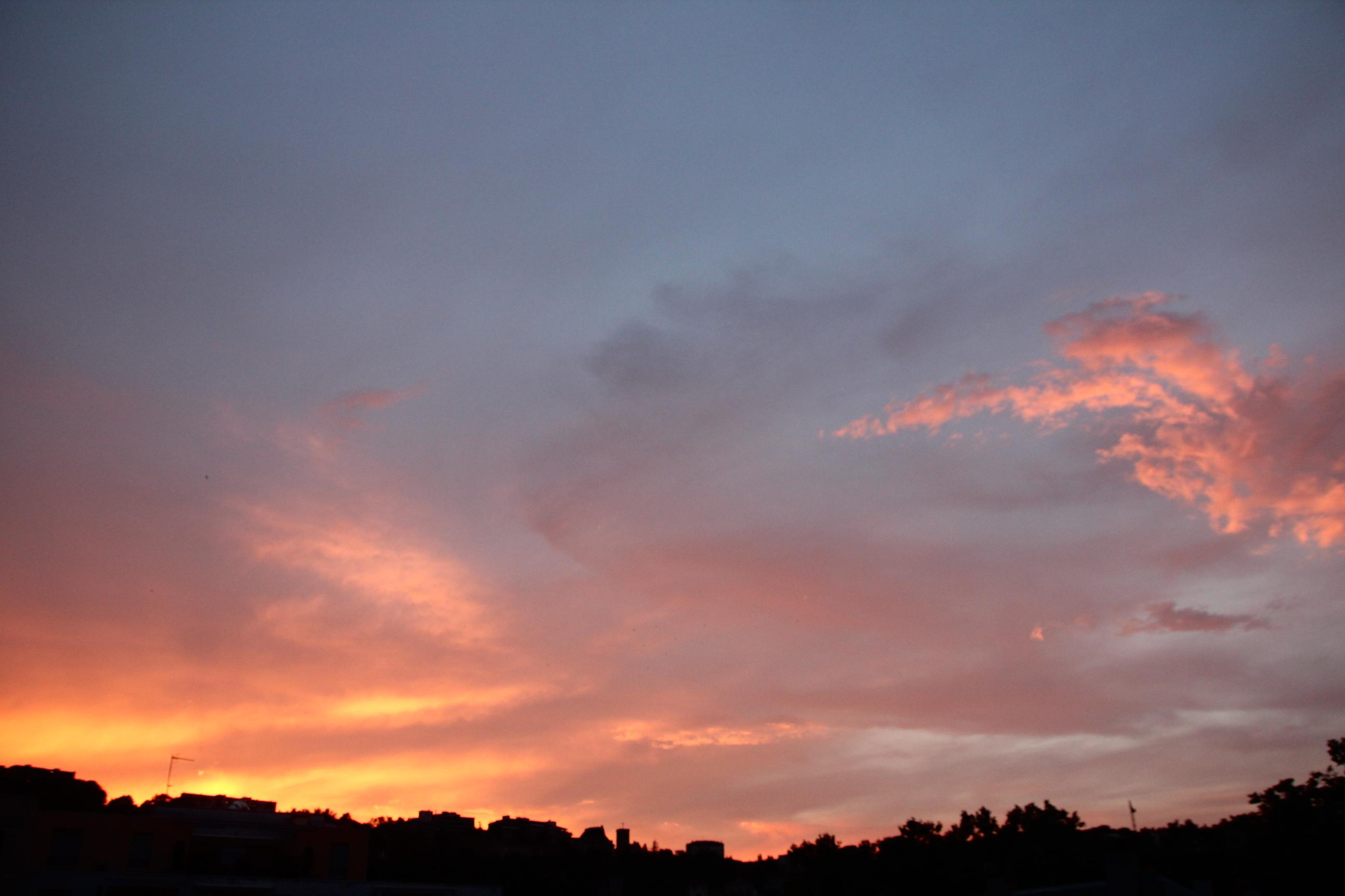 instants-litteraires les merveilleux nuages